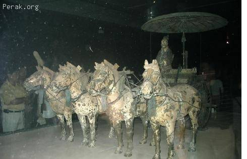 中国——秦始皇陵及兵马俑坑d.JPG
