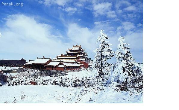 中国——峨嵋山风景名胜区及乐山大佛 d.JPG