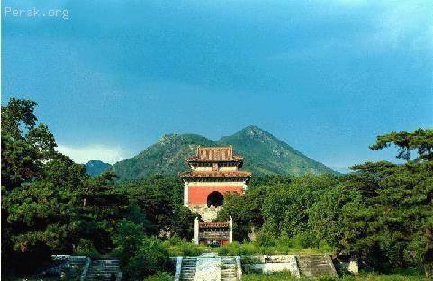 中国——明清皇家陵寝 b.JPG