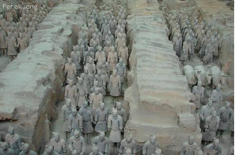 中国——秦始皇陵及兵马俑坑a.JPG