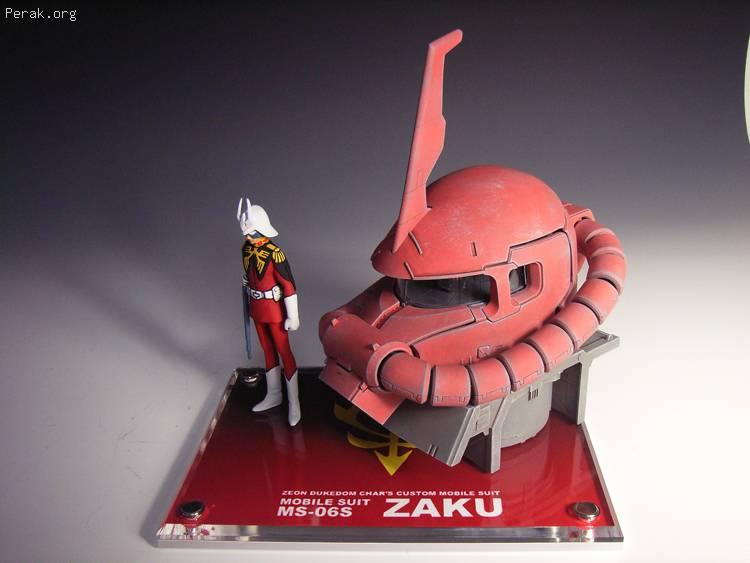 zaku-head009.jpg
