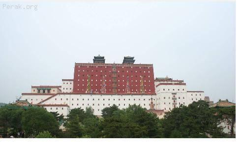 中国——承德避暑山庄及周围庙宇b.JPG