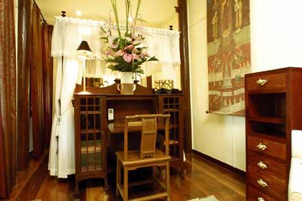 Thai-Suite-bedroom.jpg