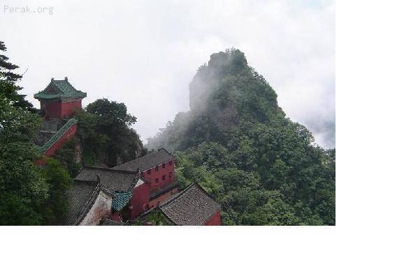 中国——武当山古建筑群b.JPG
