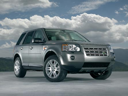 0607_z+2008_land_rover_lr2+front_right.jpg