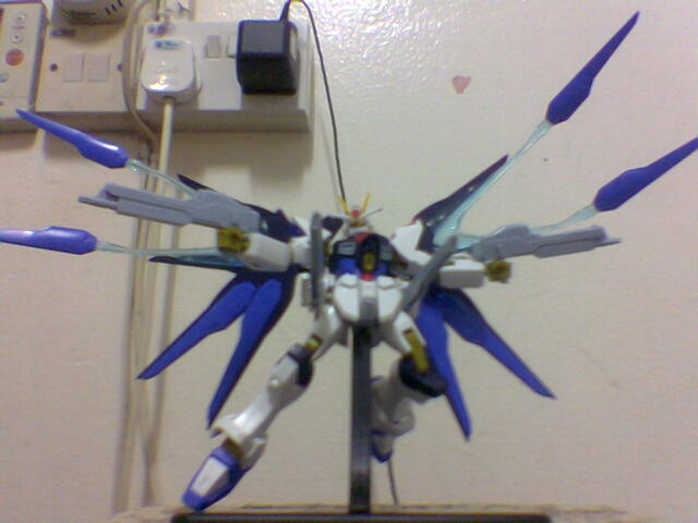 strike gundam (2).jpg